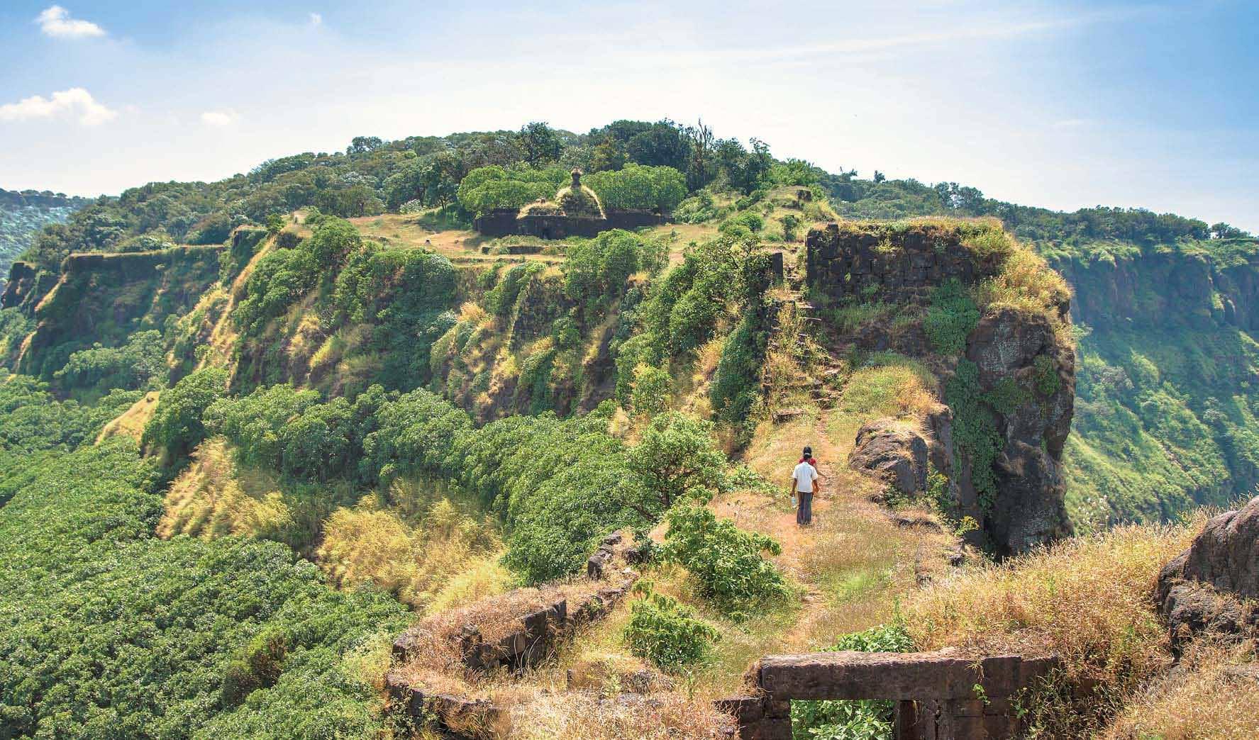 Trek Up To Vasota Fort, Satara, Maharashtra