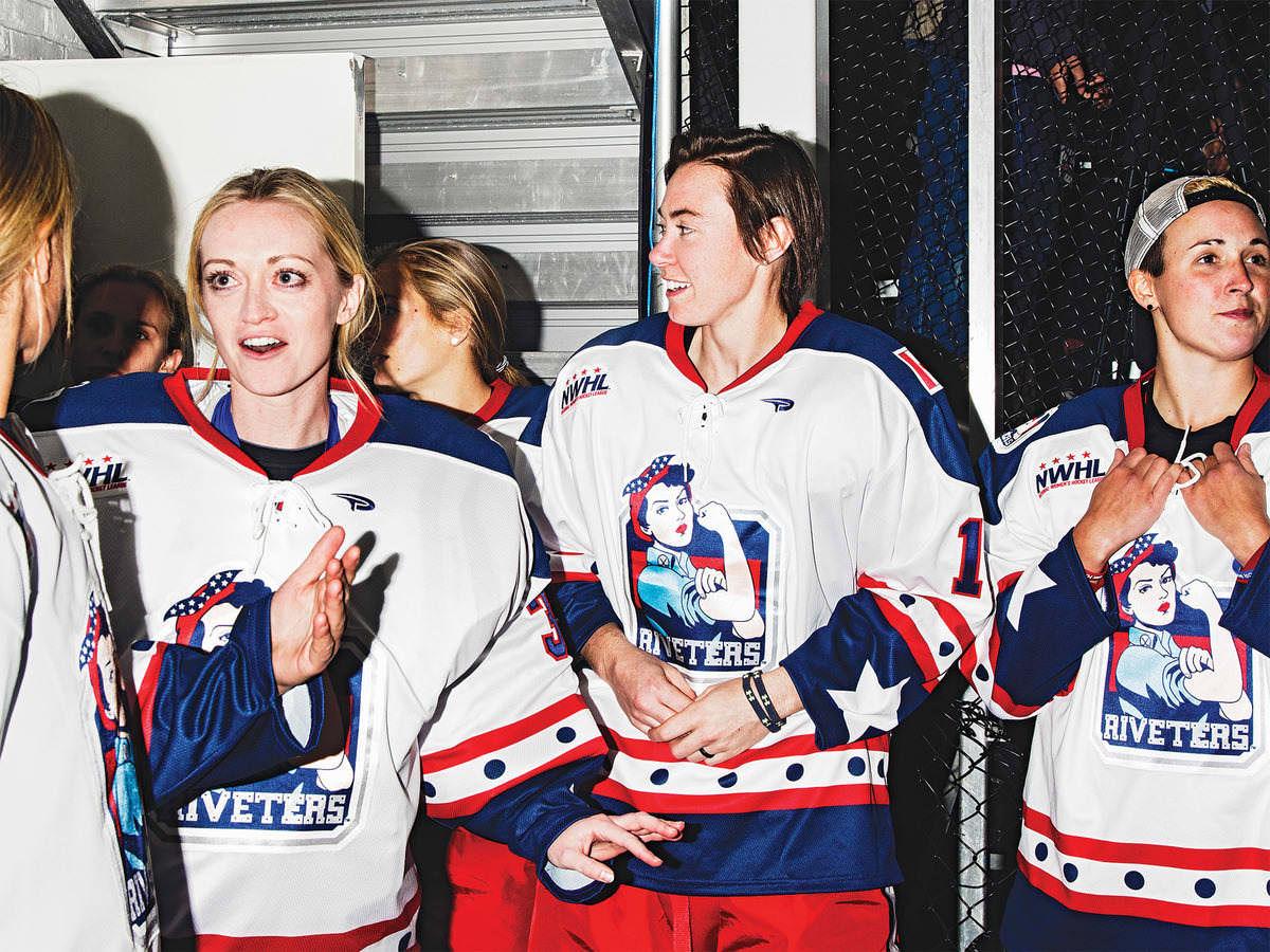 Women's Hockey Wants to Break Into the Big Leagues