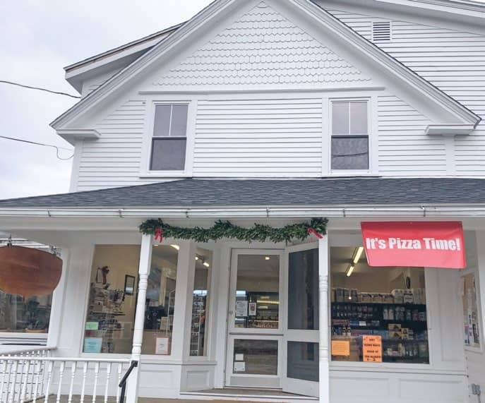 Buck's Harbor Market will keep the lights on this winter