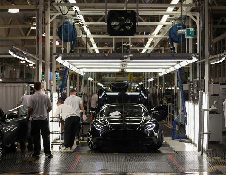 Aston Martin Seeks $6.8 Billion Value In IPO Talks