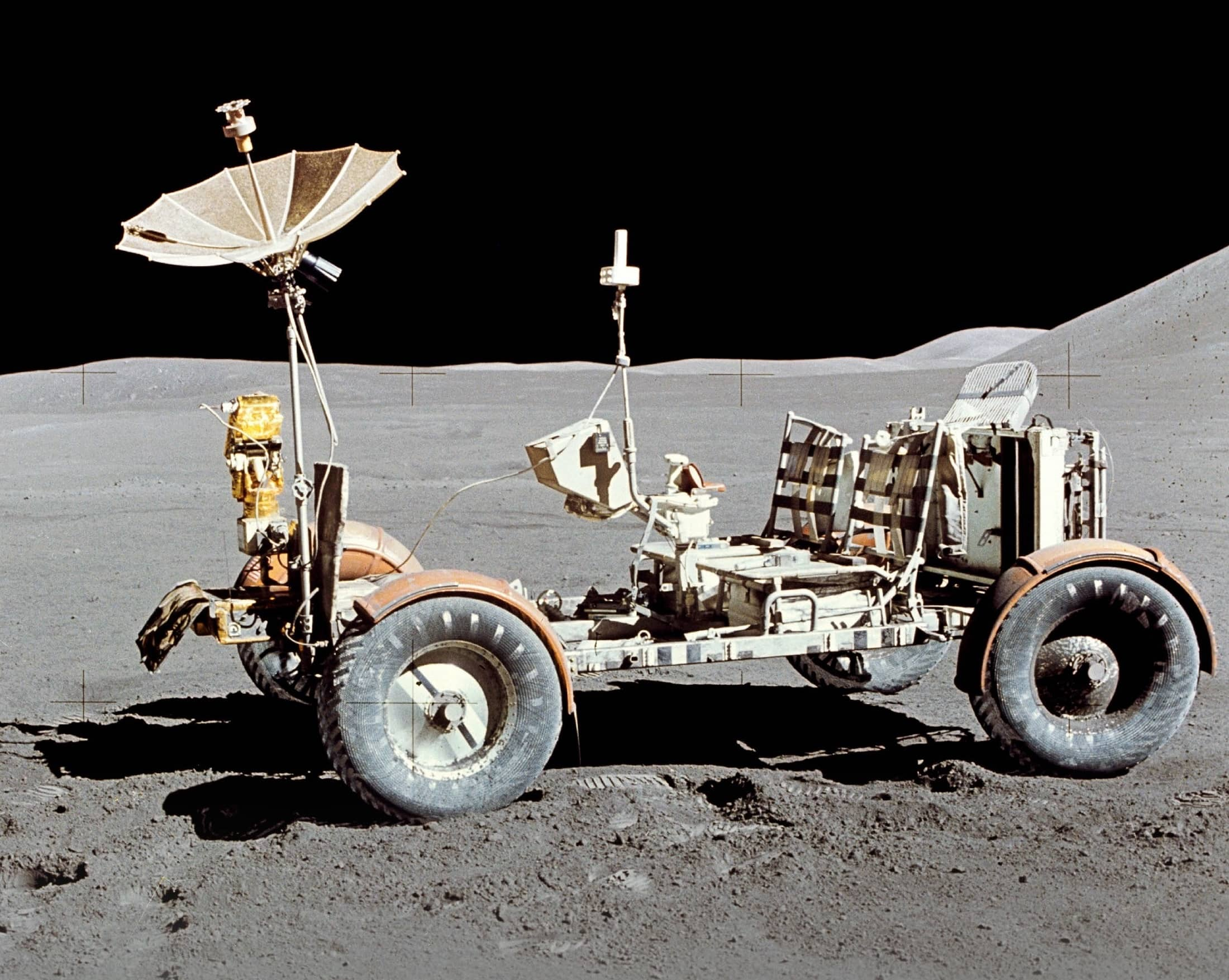 LUNAR ROVING VEHICLE 31 JULY 1971