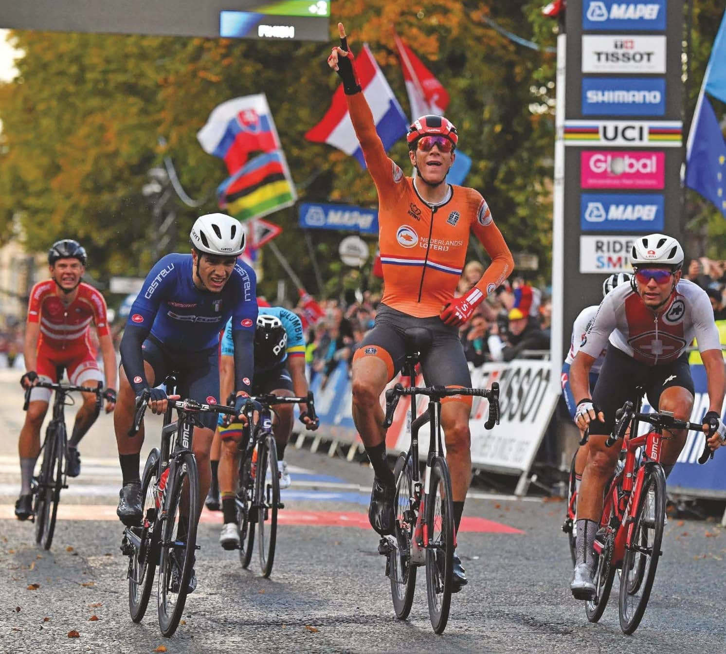 UCI considers overhauling young rider categories