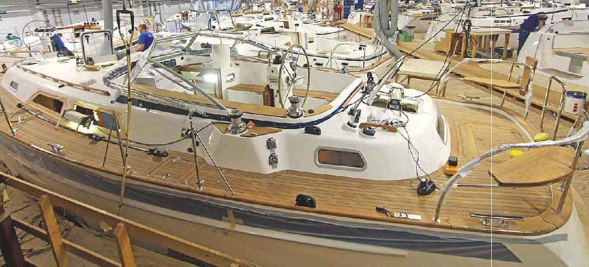 Yacht builders keep working