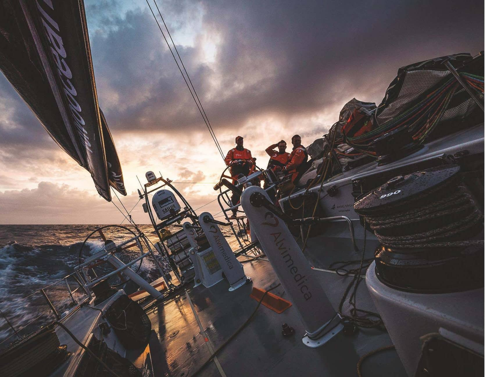 5 EXPERT TIPS - HOW TO HELM AT NIGHT
