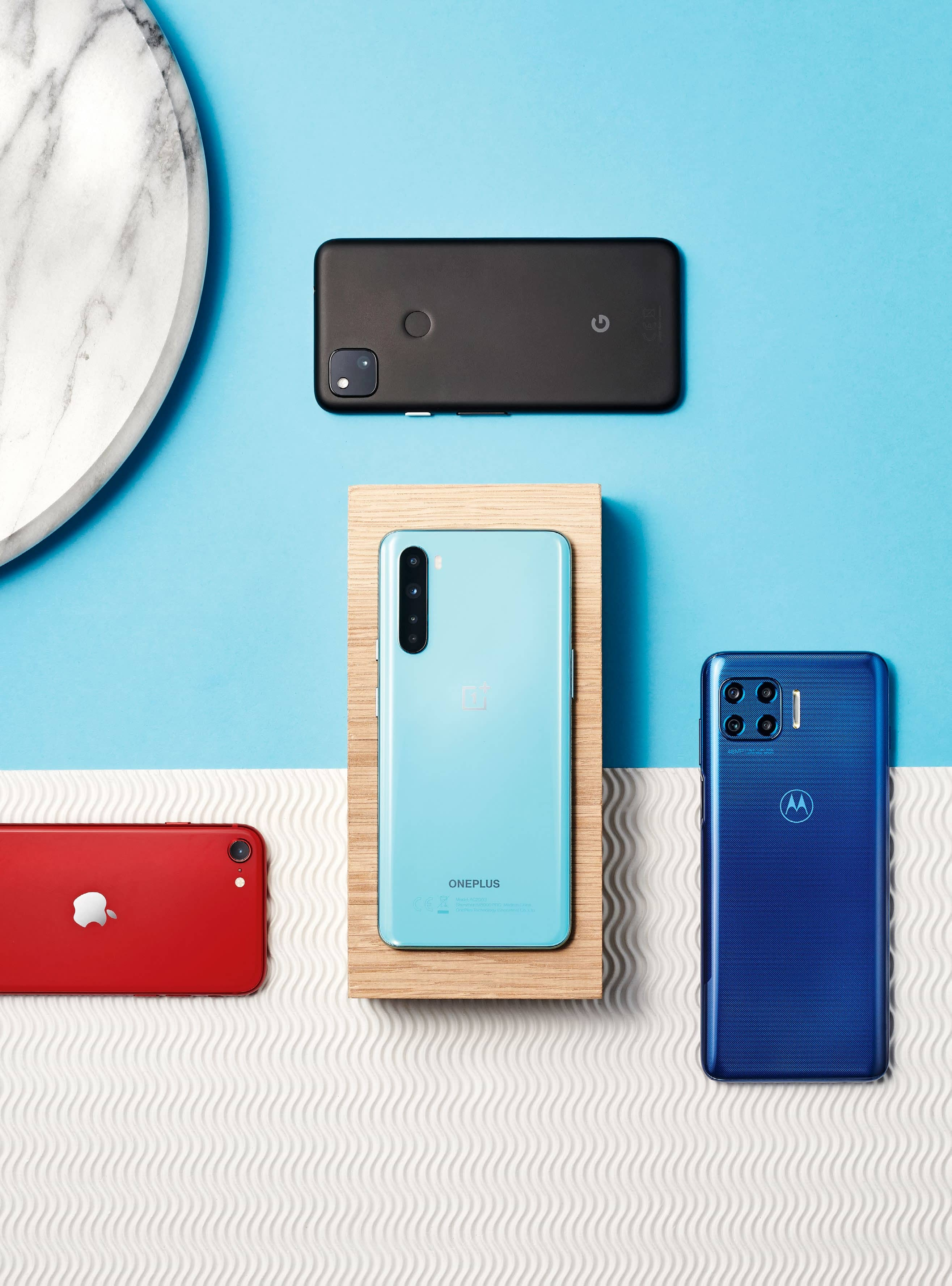 THE COMPLETE GUIDE TO…MID-RANGE PHONES