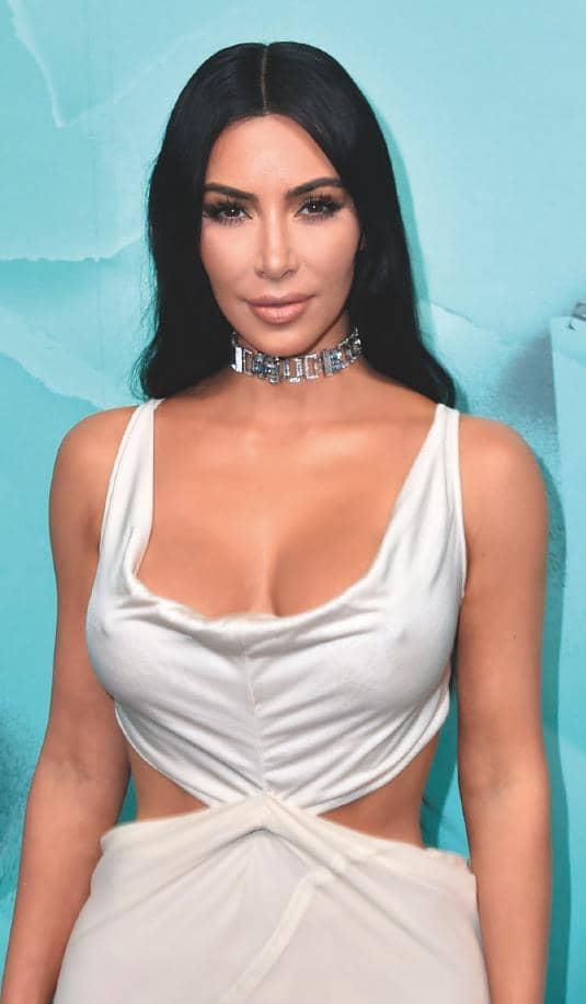 Kim Reveals Her Skin Struggle