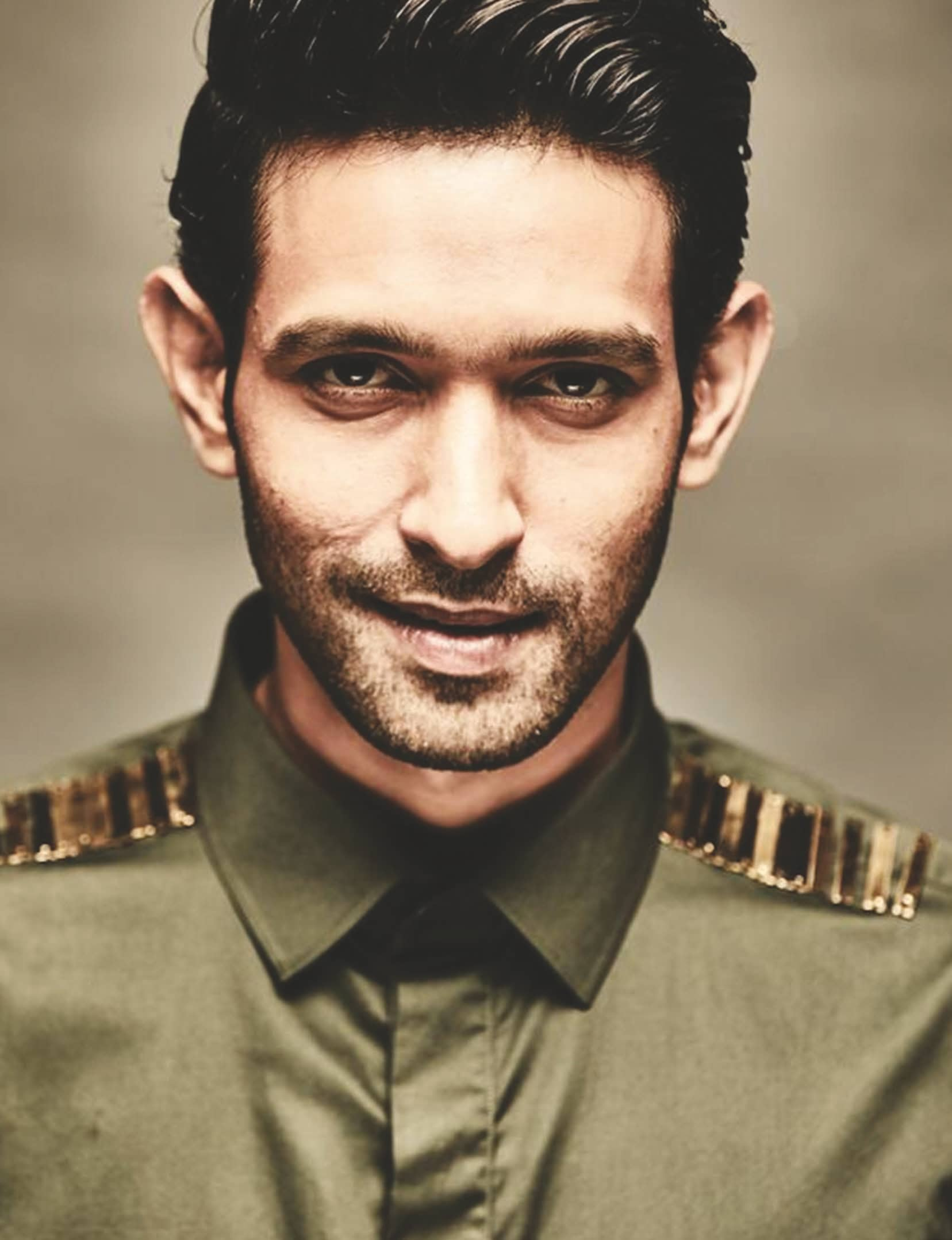 Conventions Cannot Define Your Boundaries — Vikrant Massey