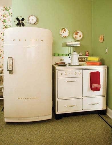 Happy Kitchen for a Postwar Home