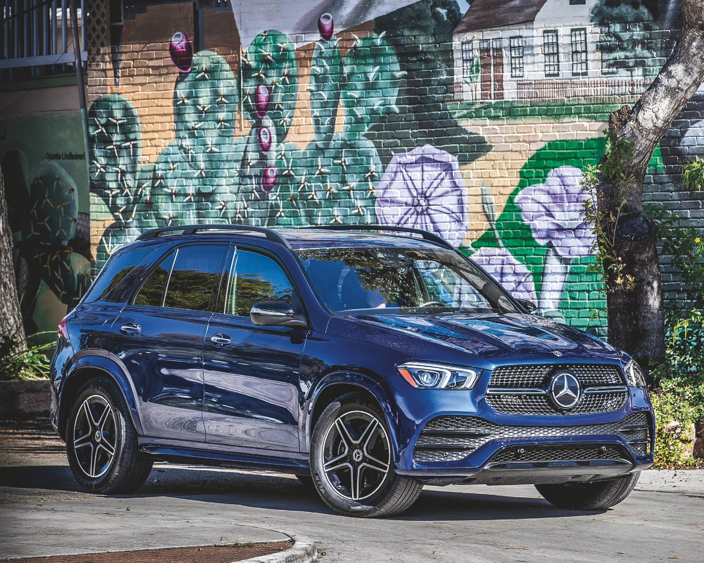Mercedes-Benz GLE - The Gold Standard