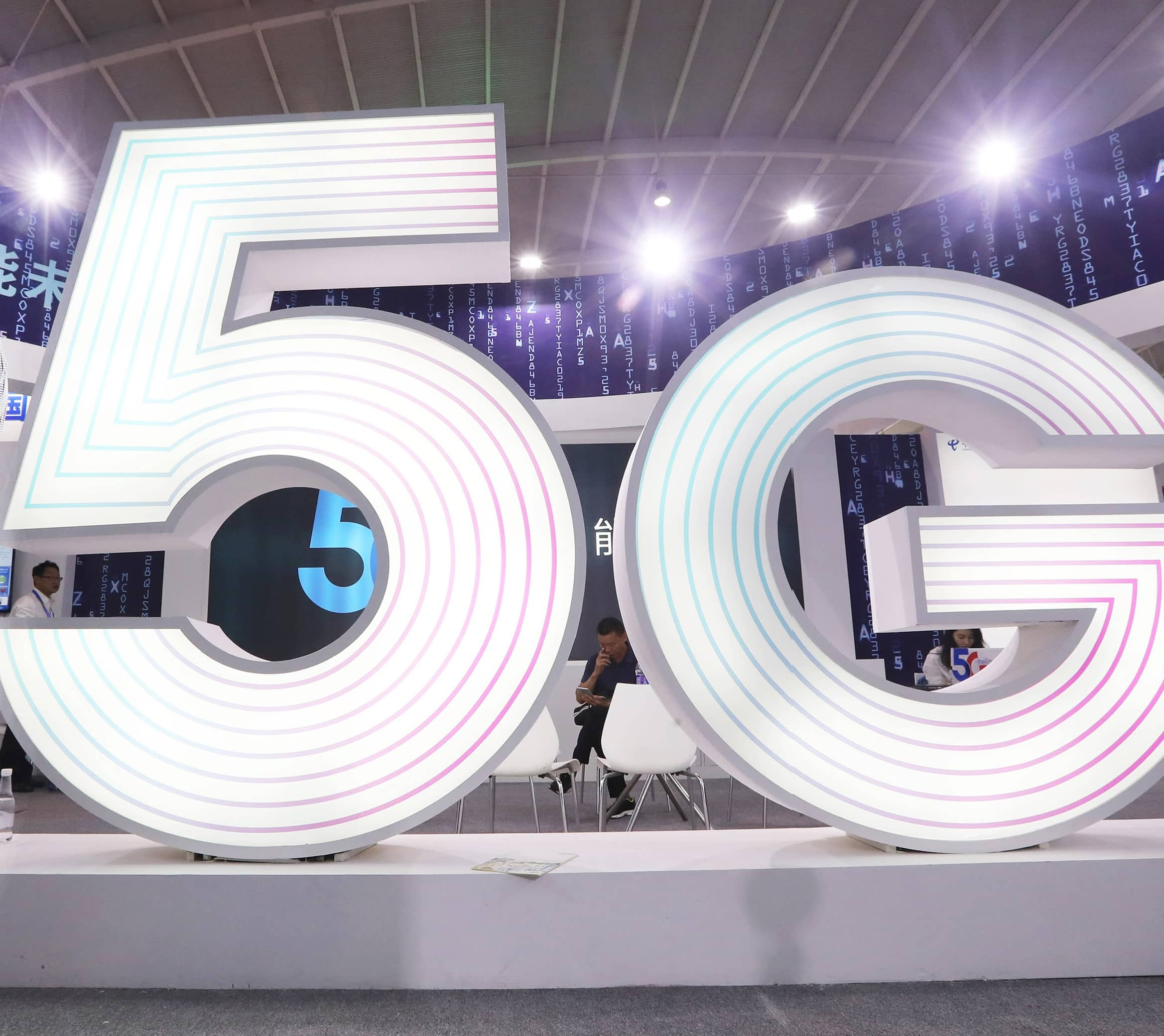 Why You Don't Need A 5G Phone Just Yet