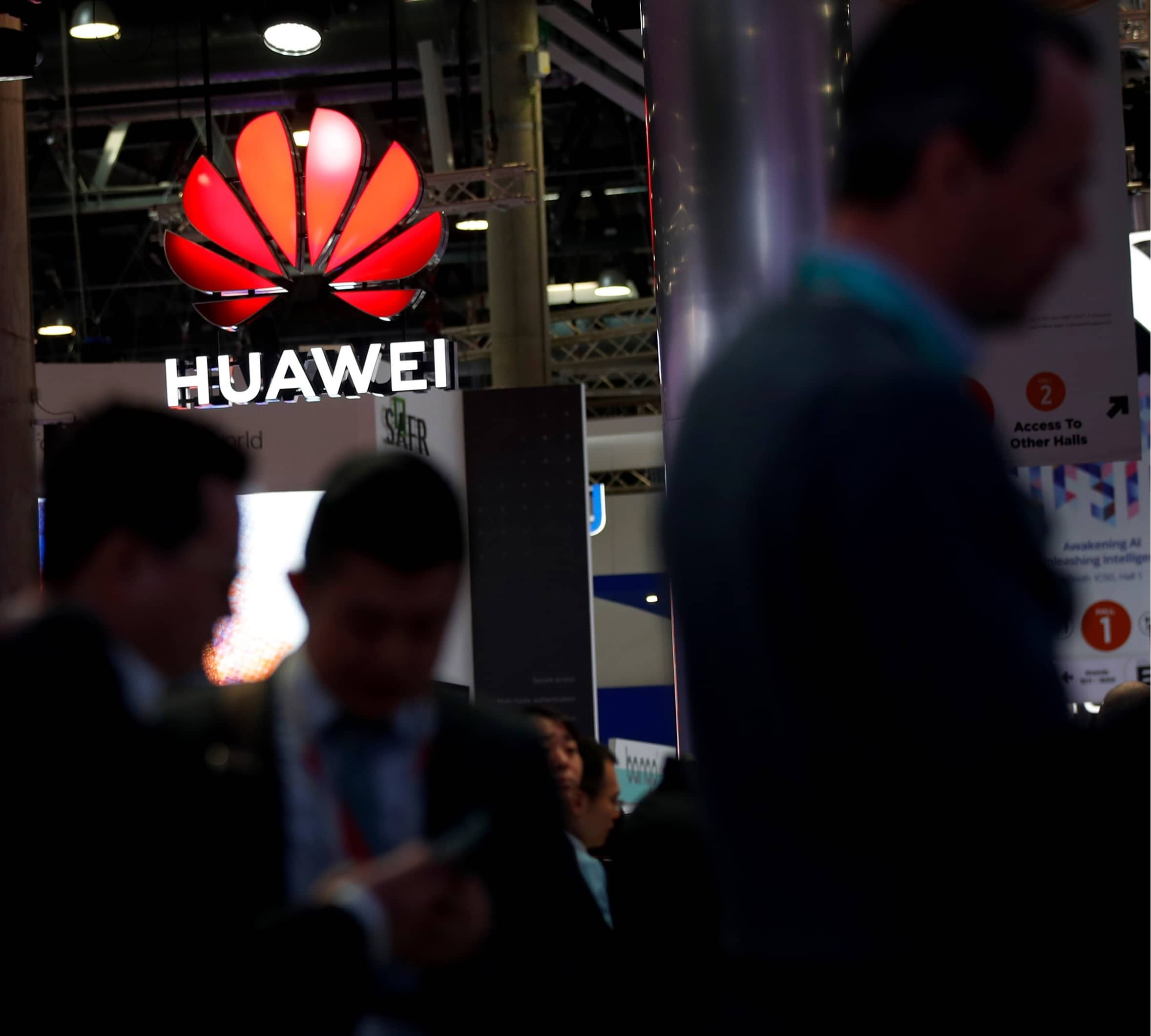 US JUDGE DISMISSES HUAWEI SUIT OVER GOVERNMENT CONTRACTS BAN