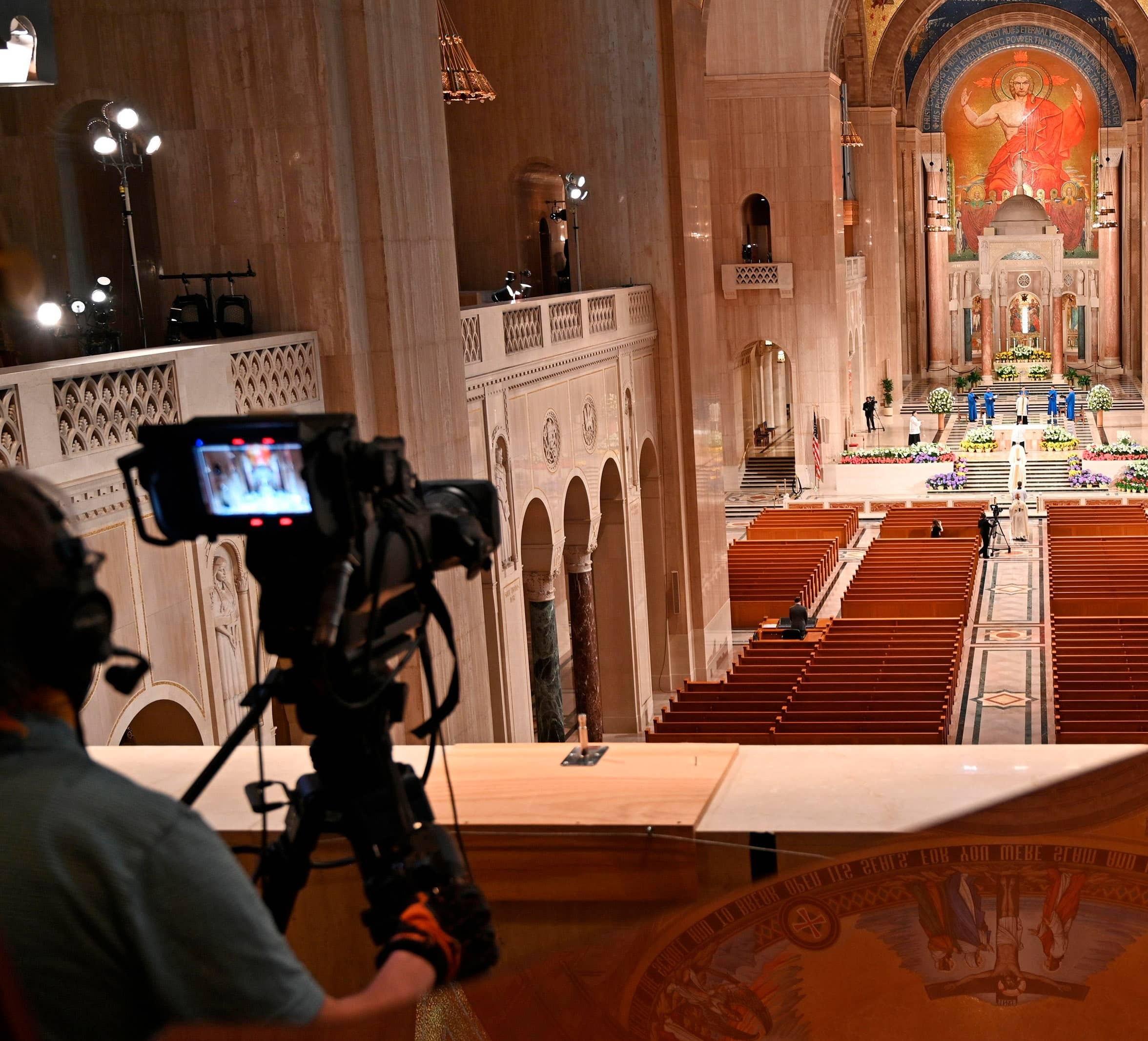 HOUSES OF WORSHIP GAIN AUDIENCE BY GOING ONLINE DURING VIRUS