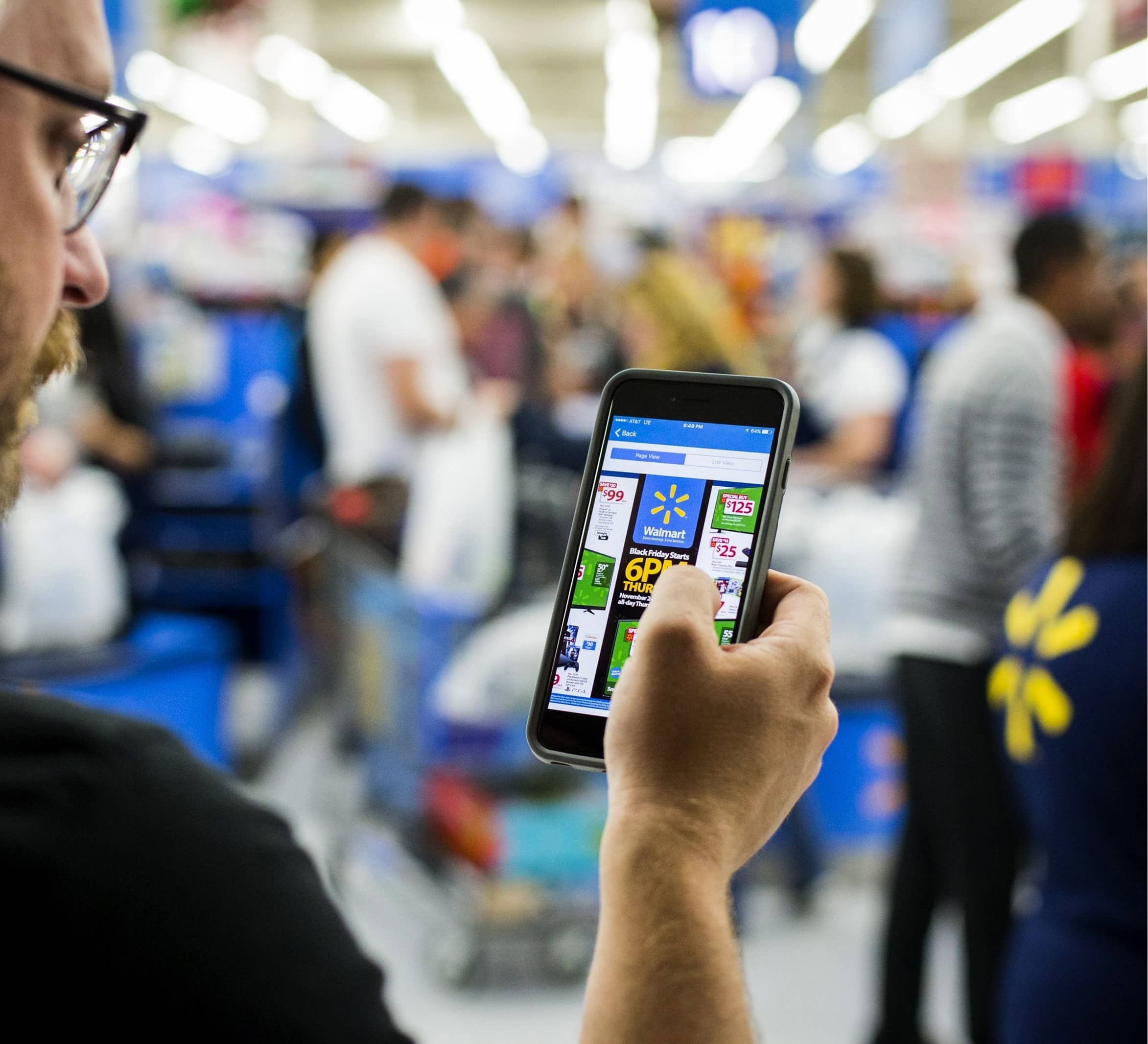 Walmart's Online Sales Soar as Shoppers Stock Up on Supplies