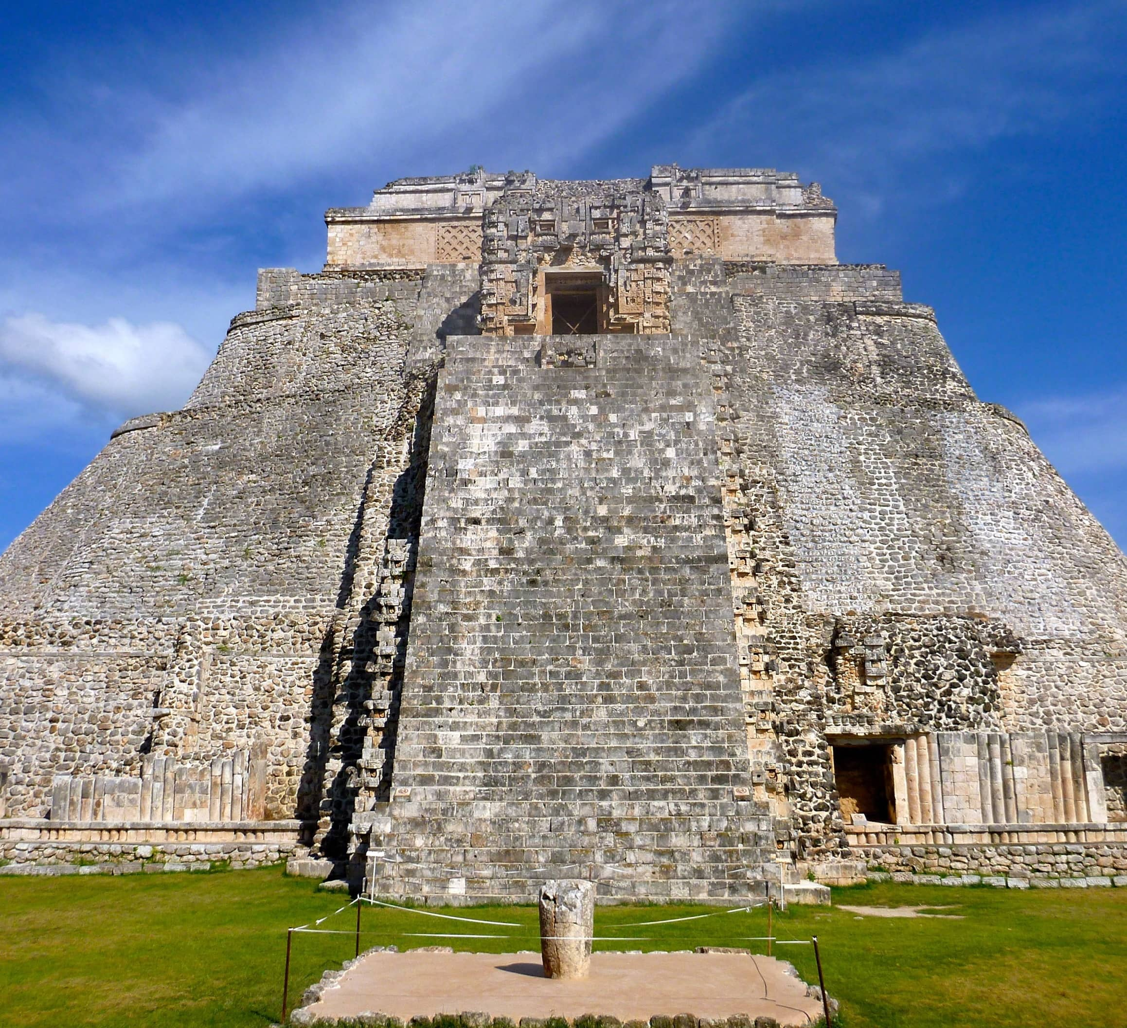 INFLUENCERS BEHAVING ADLY: MEXICO KICKS THEM OUT OF RUINS