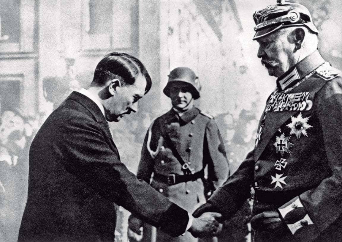 El pasado nazi toca la puerta