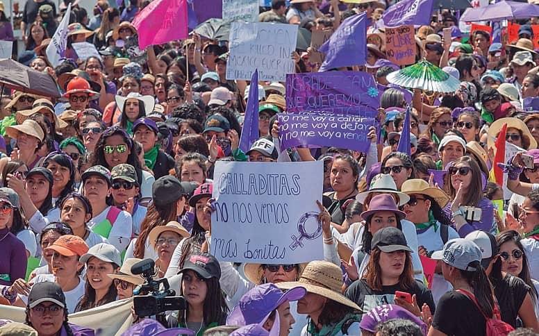 Las mujeres, golpeadas por la austeridad de la 4T