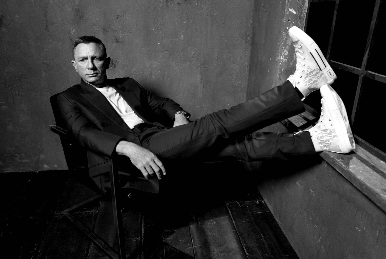 Adiós Bond, James Bond