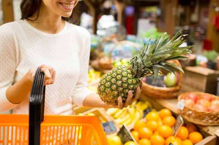 Why Imported Fruits Business Is the Next Big Thing in Grocery Retail?