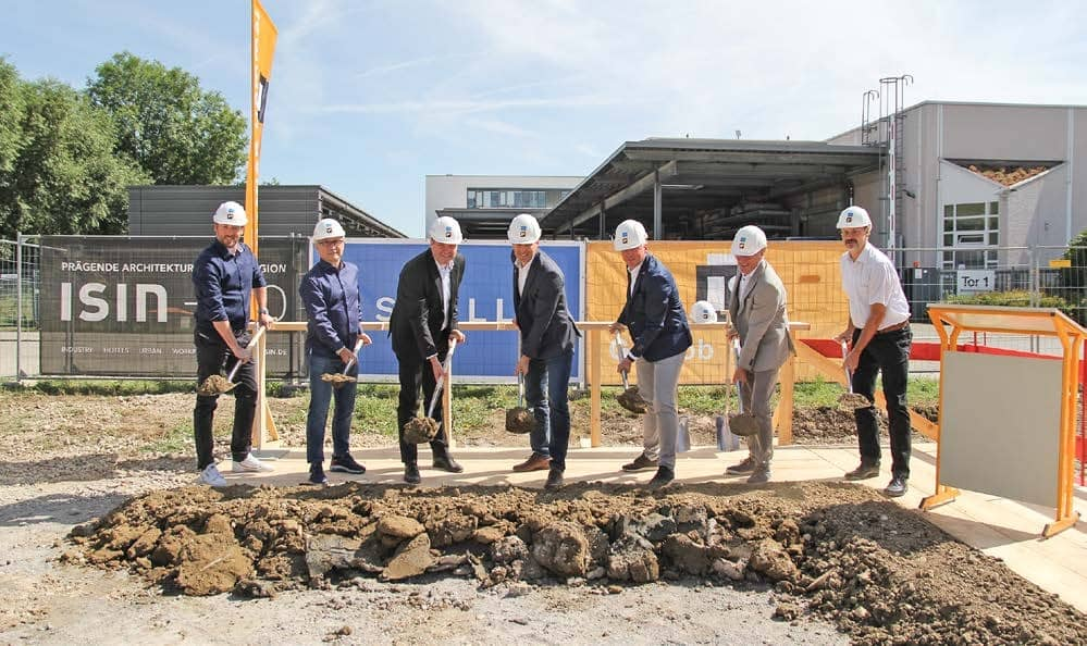 Groundbreaking ceremony at KARL MAYER's STOLL Business Unit