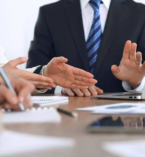 How To Become A Corporate Lawyer After Graduation?