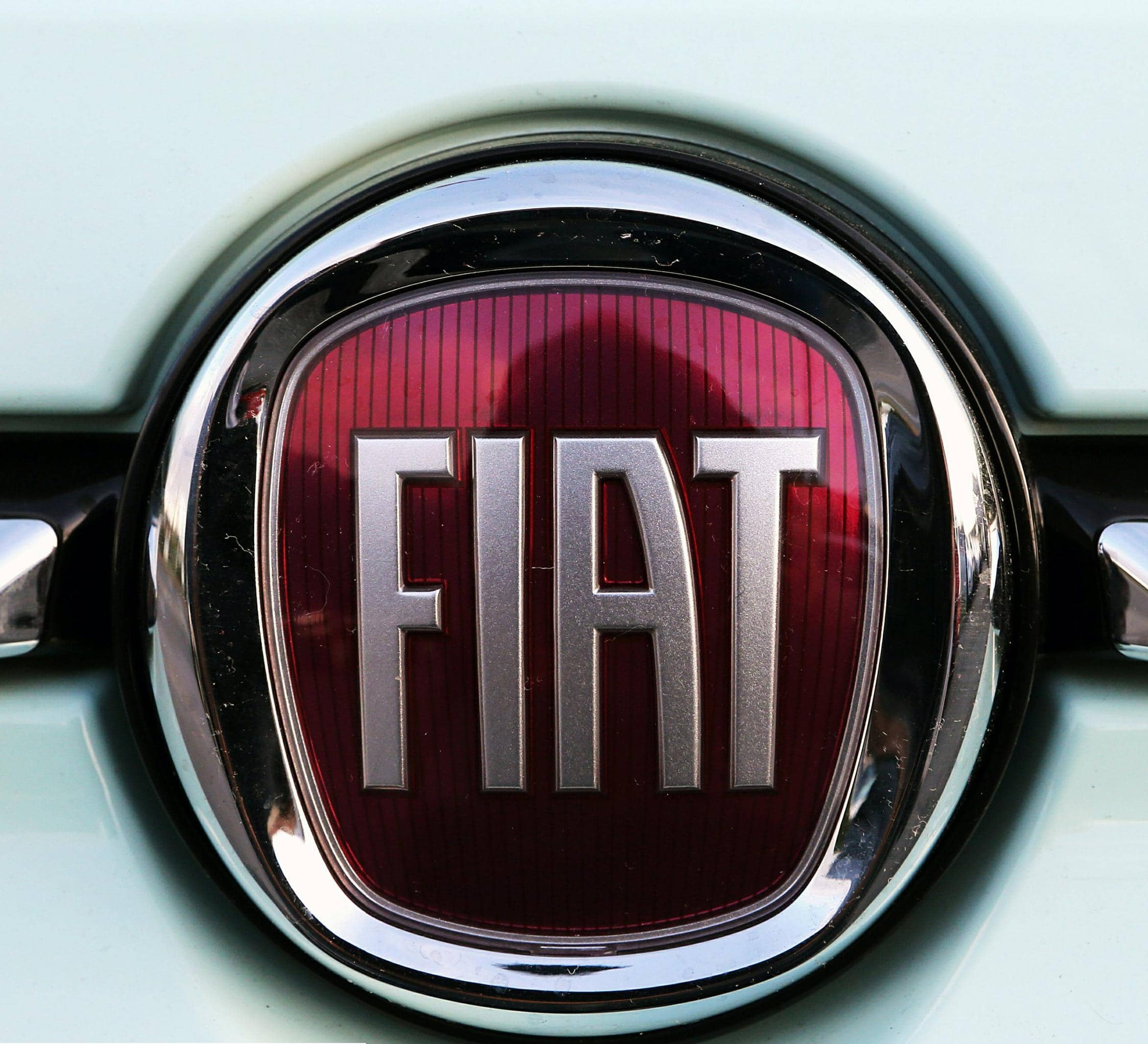 FIAT CHRYSLER IN TALKS WITH FOXCONN TO DEVELOP ELECTRIC CARS