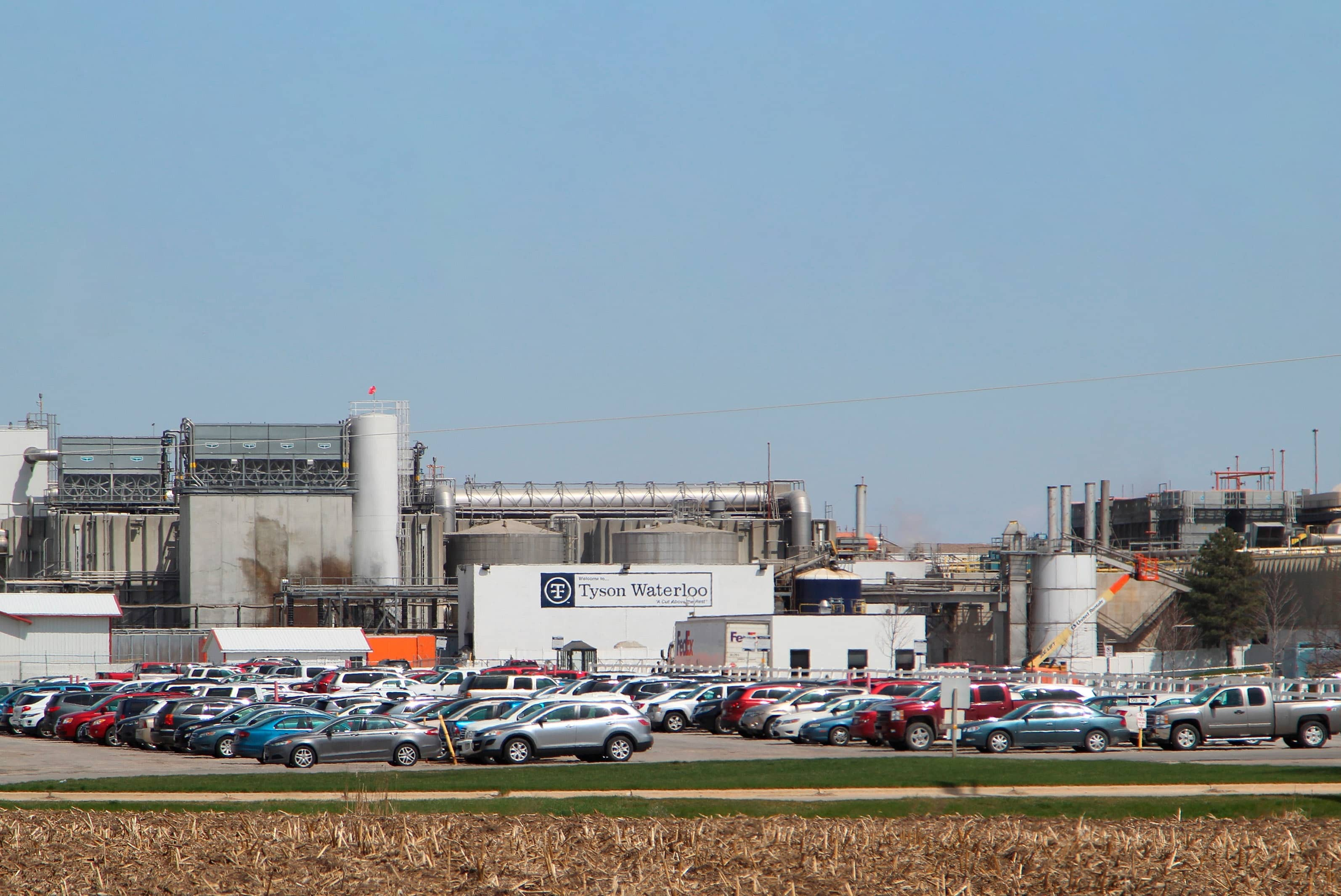 TYSON FOODS IDLES LARGEST PORK PLANT AS VIRUS SLAMS INDUSTRY