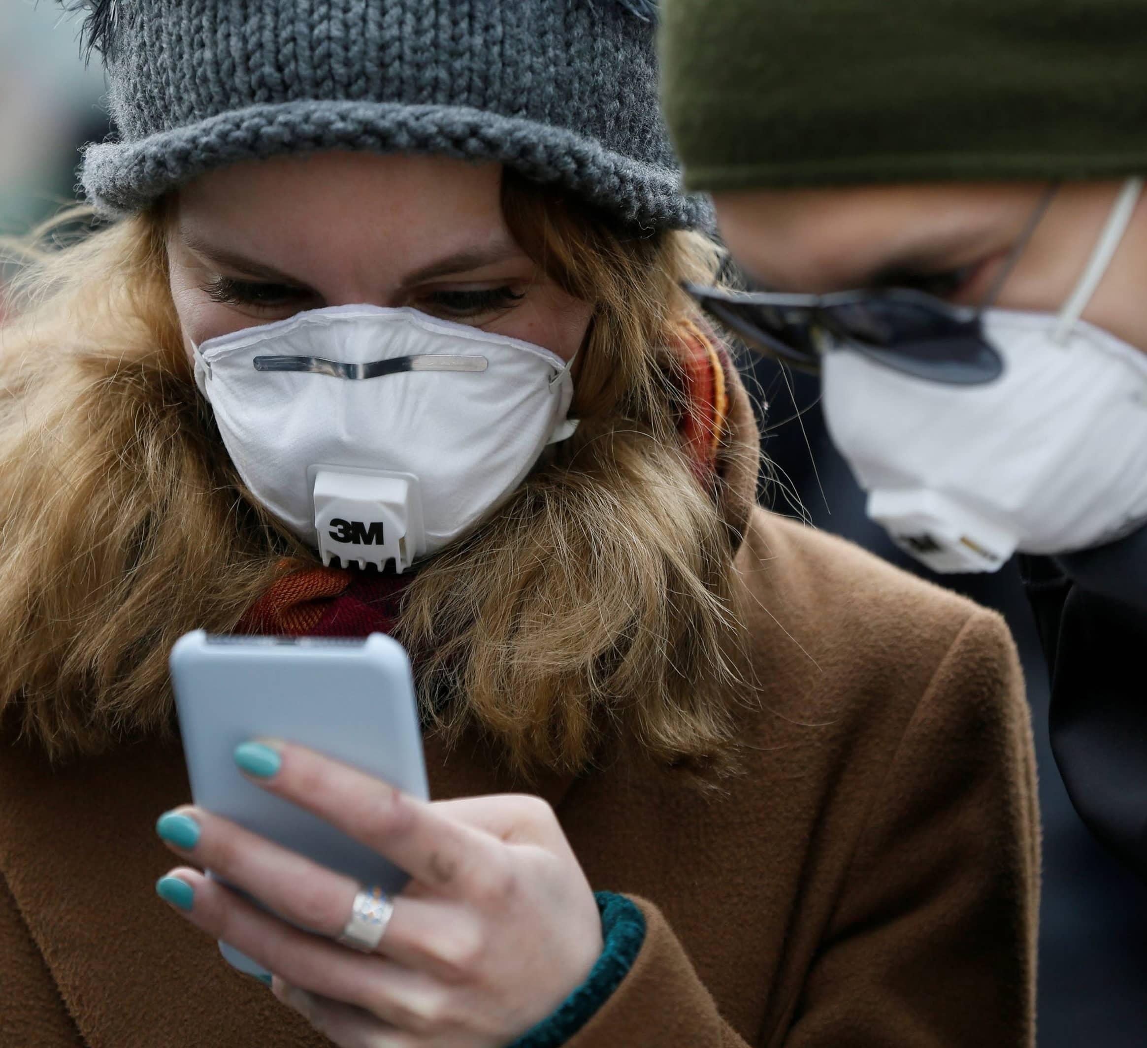 Britain Scraps Virus Tracing App For Google-Apple System