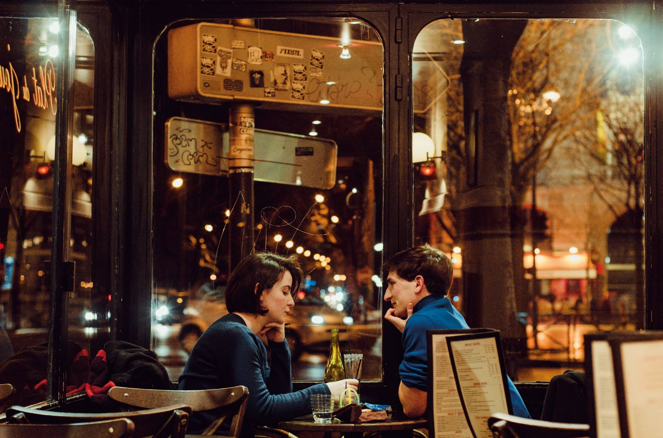 Going Dutch On Dates - Do You Insist Or Refrain?