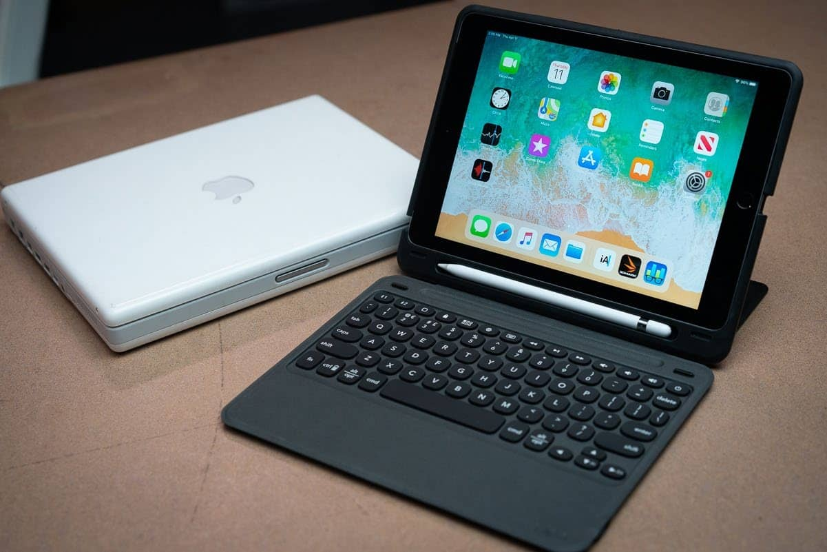 Zagg Slim Book Go Keyboard Case For 9.7-inch iPad: Pressing All The Right Buttons