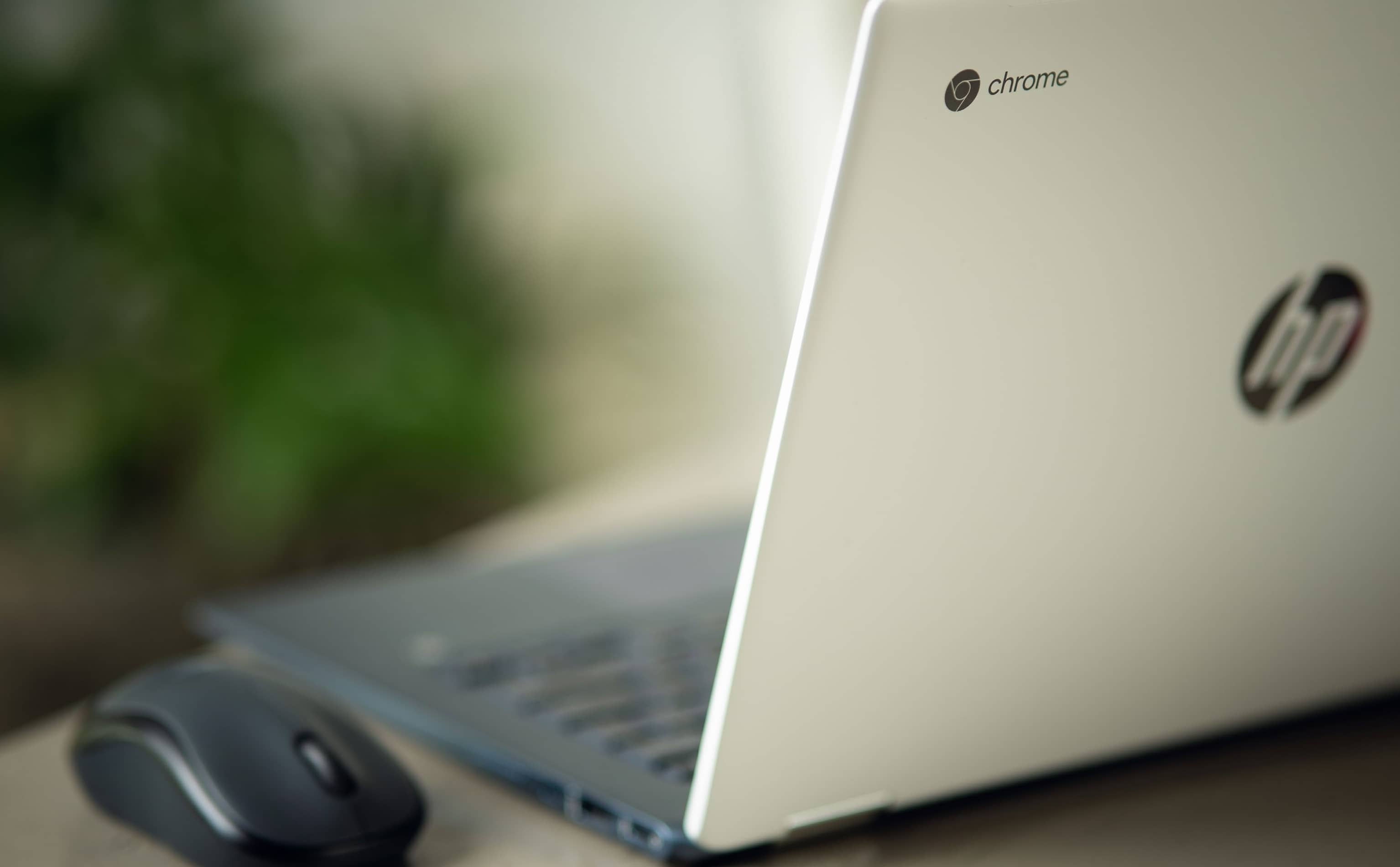 IS THIS CHROMEBOOK ABOUT TO DIE? WHY GOOGLE'S EXPIRATION DATES MATTER