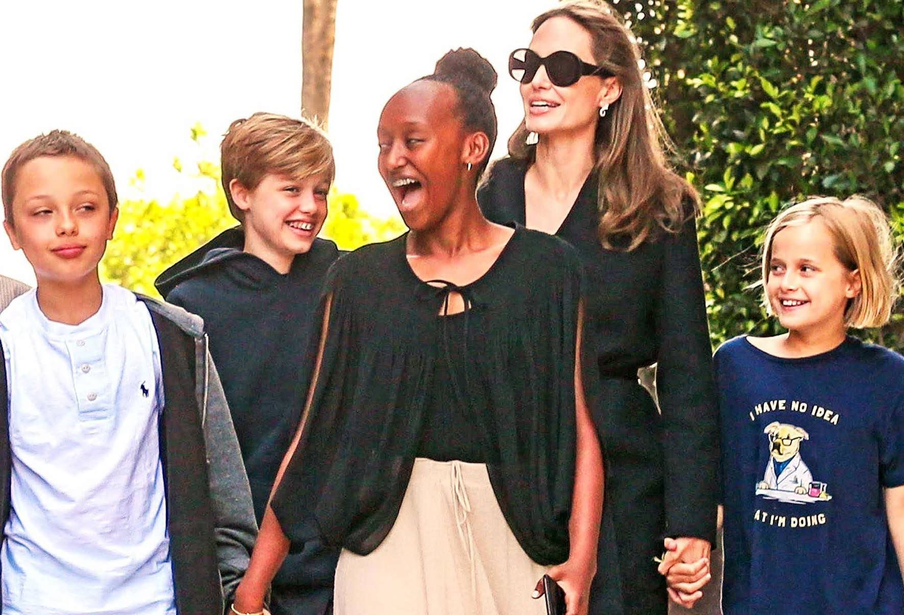 Angelina's Evil Plan - 'She's Turned The Kids Against Brad'