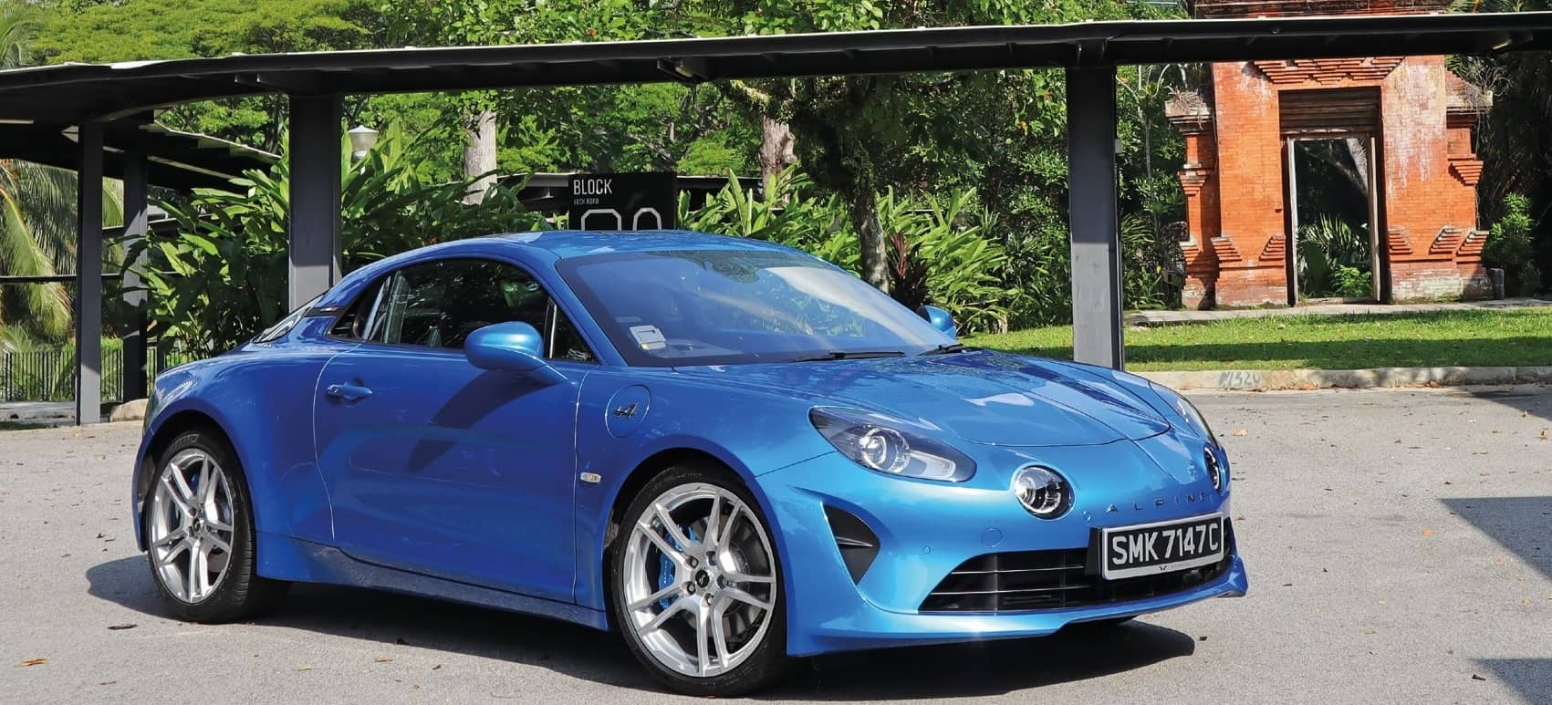 Alpine A110 Can Easily Twirl And Dance Its Way Into A Petrolhead's Heart