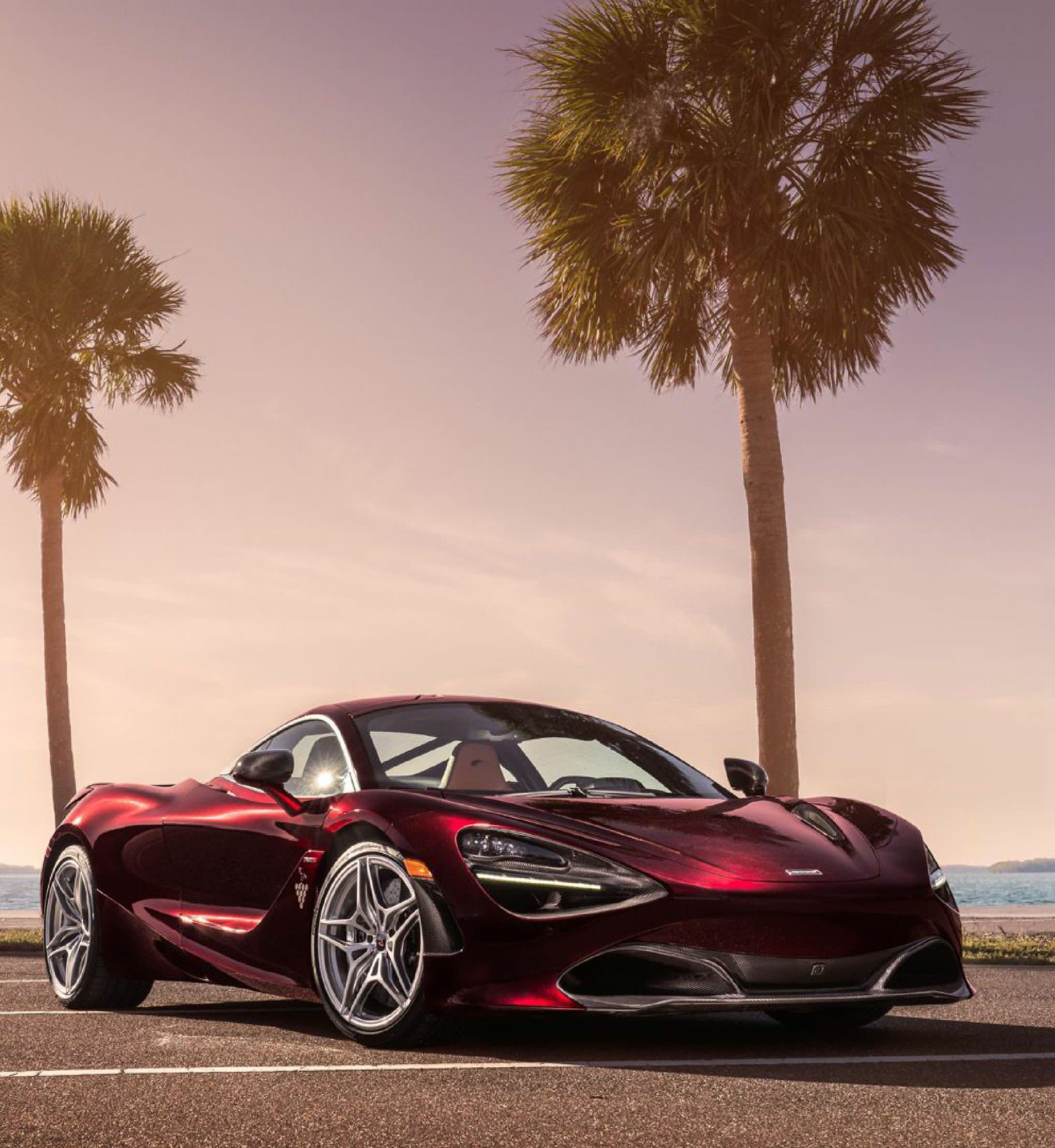 Inspired By The Beast of The Sea, THE MCLAREN 720S Becomes The Conqueror of Land