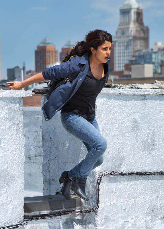 Top 9 Bollywood Actresses, Turned Into Action Stars