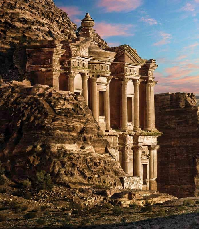 Virtual tours of the Seven Wonders of the World
