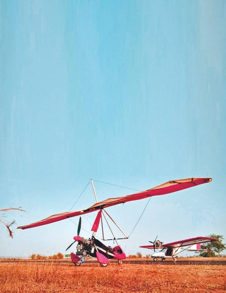 THE DELIGHT OF MICROLIGHT FLYING